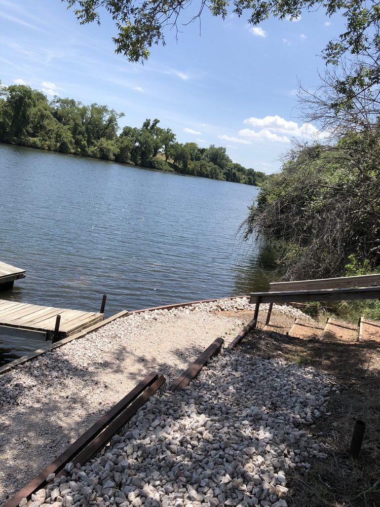 Shady Oaks Riverside RV Retreat