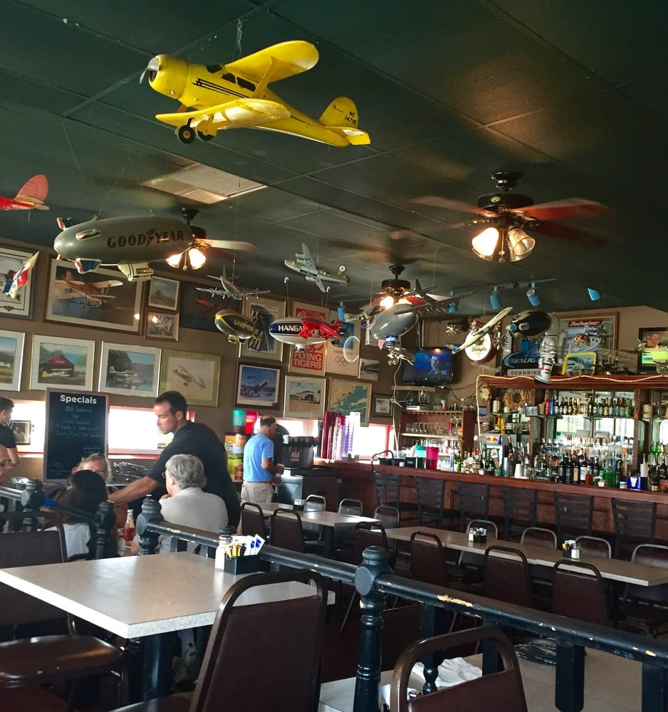 Photos For The Downwind Restaurant And Lounge
