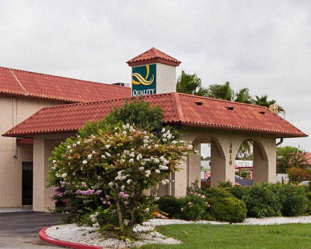 Quality Inn & Suites: 3616 Veterans Blvd, Del Rio, TX