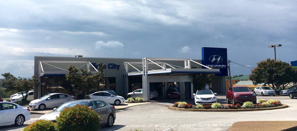 Twin City Hyundai: 3024 Alcoa Hwy, Alcoa, TN