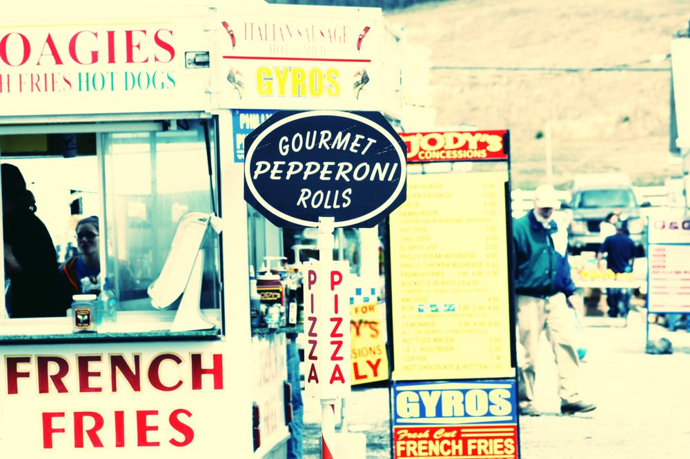 Rogers Flea Market: 45625 Rte 154, Rogers, OH