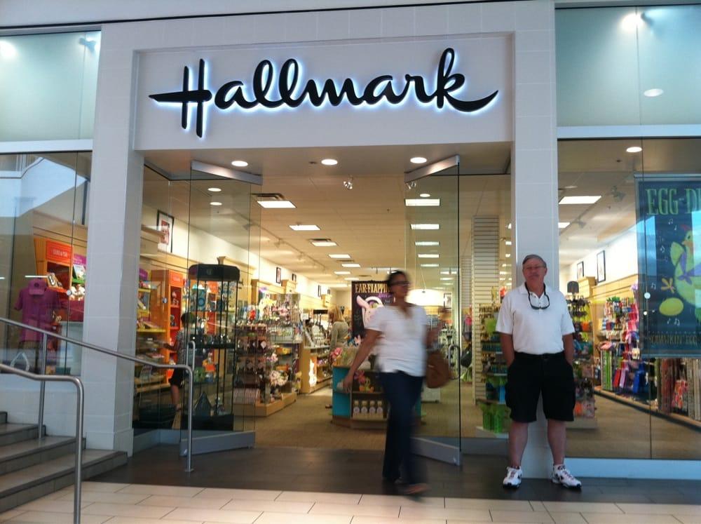 Deb's Hallmark Shop: 27001 Us Highway 19 N, Clearwater, FL