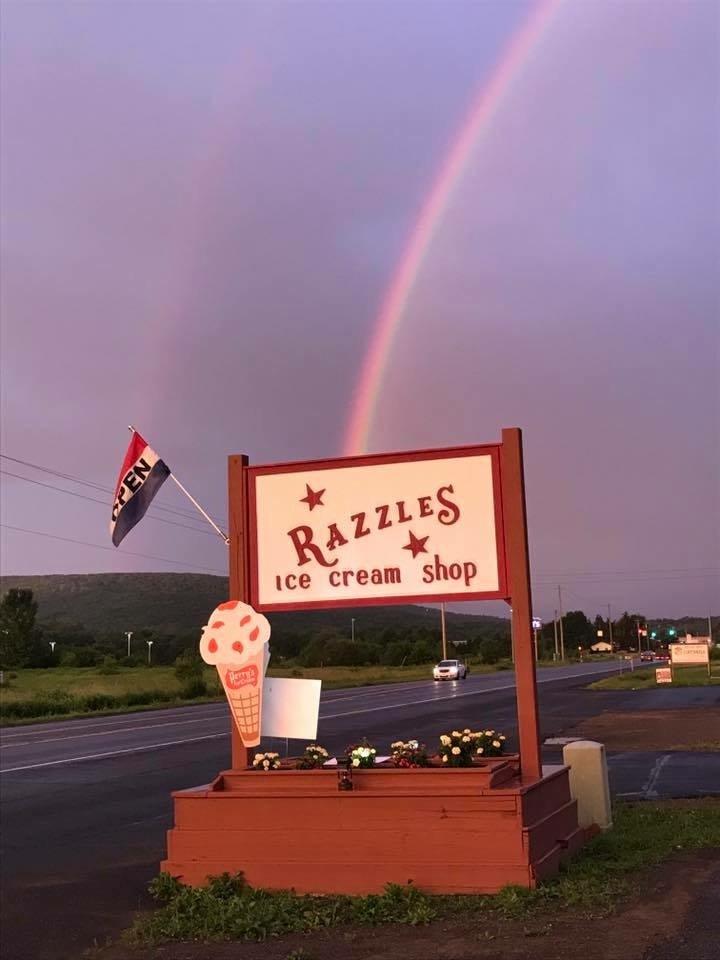 Razzle's Ice Cream: 5246 State Hwy 23, Oneonta, NY