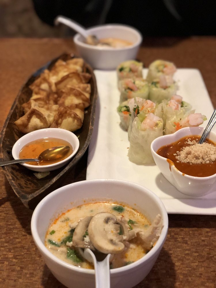 Pearl Thai Cuisine: 870 Southampton Rd, Benicia, CA