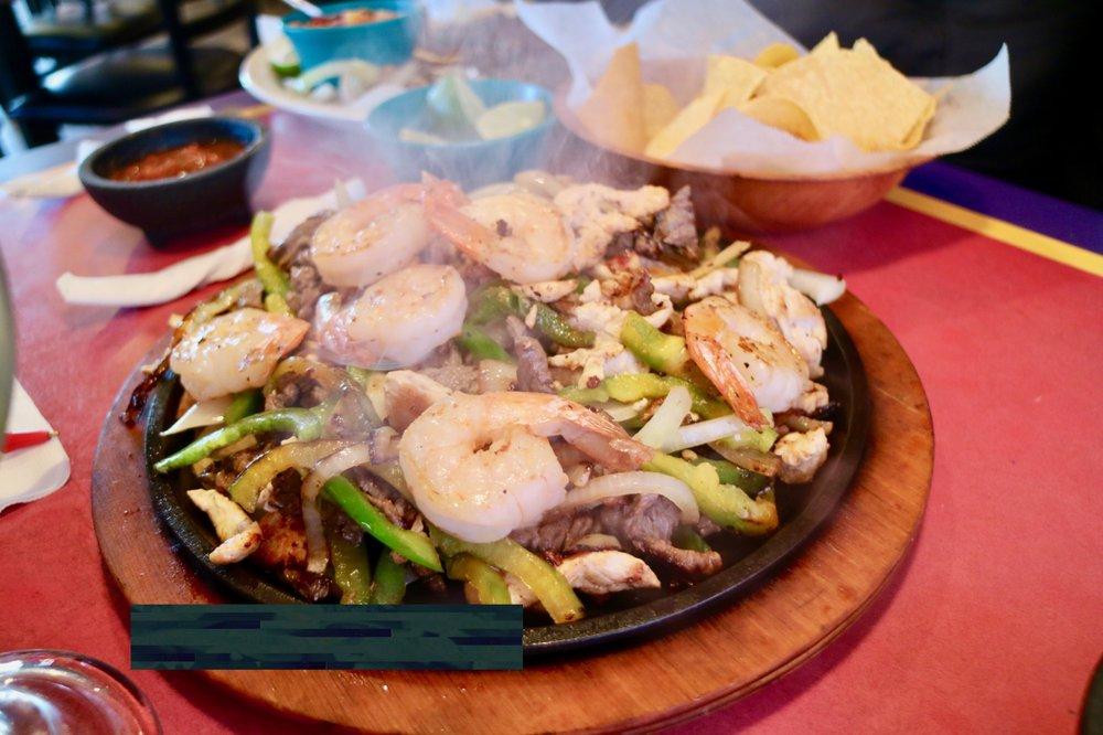 El Rodeo De Jalisco: 5510 I-10 Frontage Rd, San Antonio, TX
