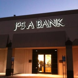 Jos A Bank Men 39 S Clothing Memorial Houston Tx