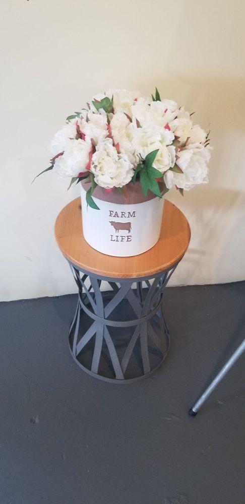 LT Organic Farm & Restaurant: 32513 Ute Ave, Waukee, IA