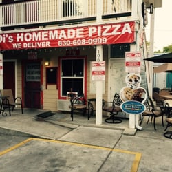 Photo Of Di S Homemade Pizza New Braunfels Tx United States