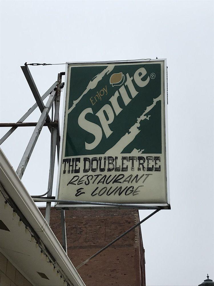 Doubletree Restaurant & Lounge: 327 E Main St, Athena, OR