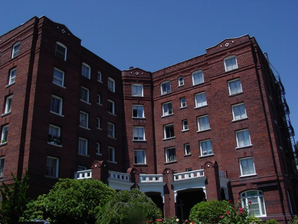 Alexandra Court Apartments