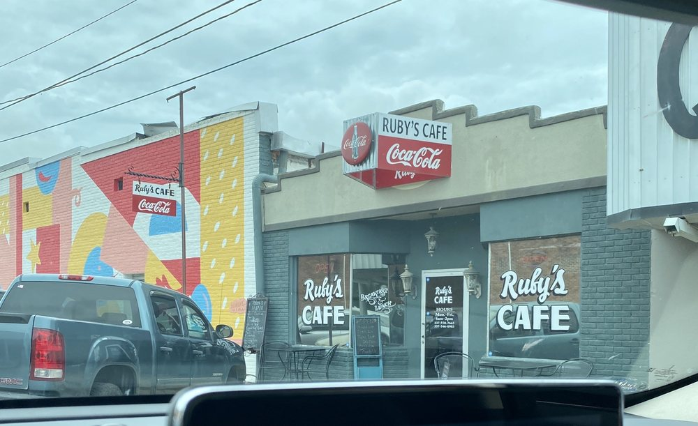 Ruby's Cafe: 221 West Walnut Ave, Eunice, LA
