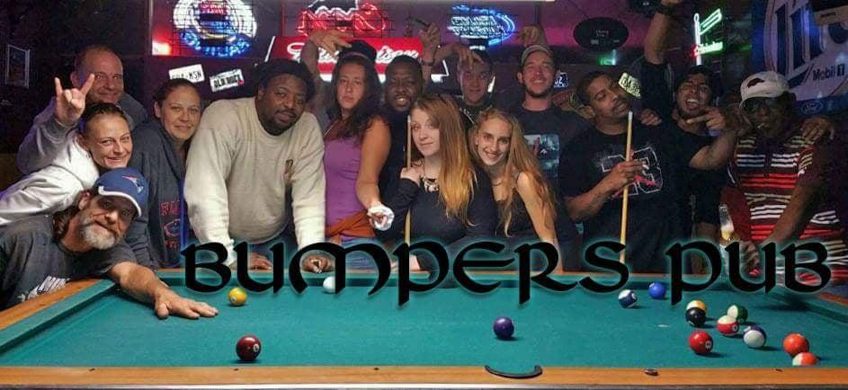 Bumpers Pub: 10837 SE US Hwy 441, Belleview, FL