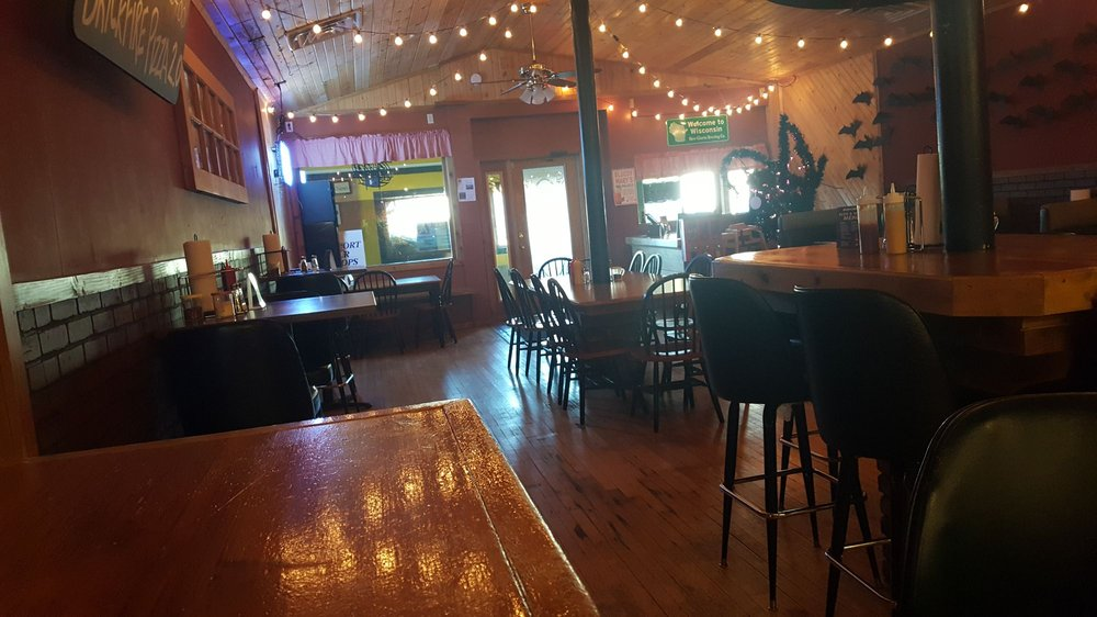 Brickfire Pizza: 458 3rd Ave, Clear lake, WI