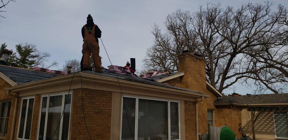 Triad Roofing & Construction Services: Cedar Rapids, IA