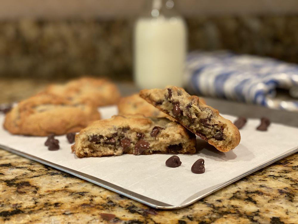 Downtown Cookies: 123 Kings Hwy E, Haddonfield, NJ