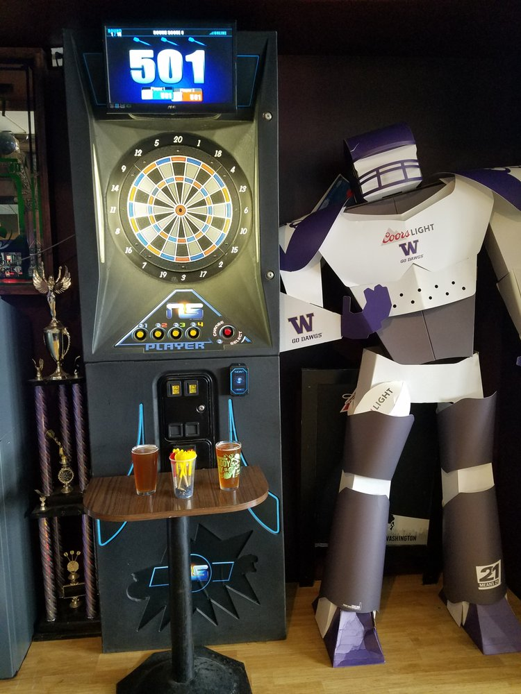 Charlie's Sports Bar: 313 Main St S, Montesano, WA