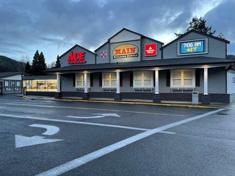 Main Building Supply: 100 Broadway St, Rogue River, OR
