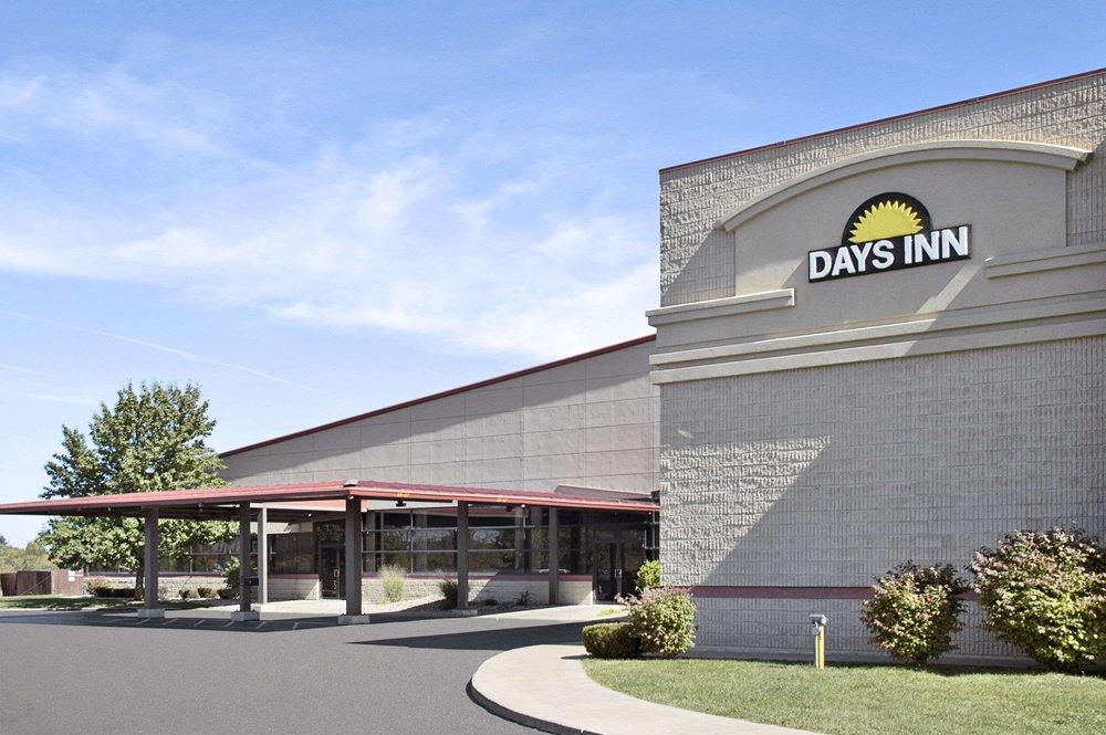 Days Inn by Wyndham Kirksville: 3805 South Baltimore, Kirksville, MO