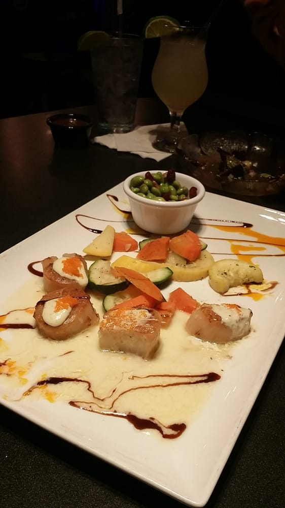 Amazing scallops with caviar dinner yelp for Fish tales cape coral