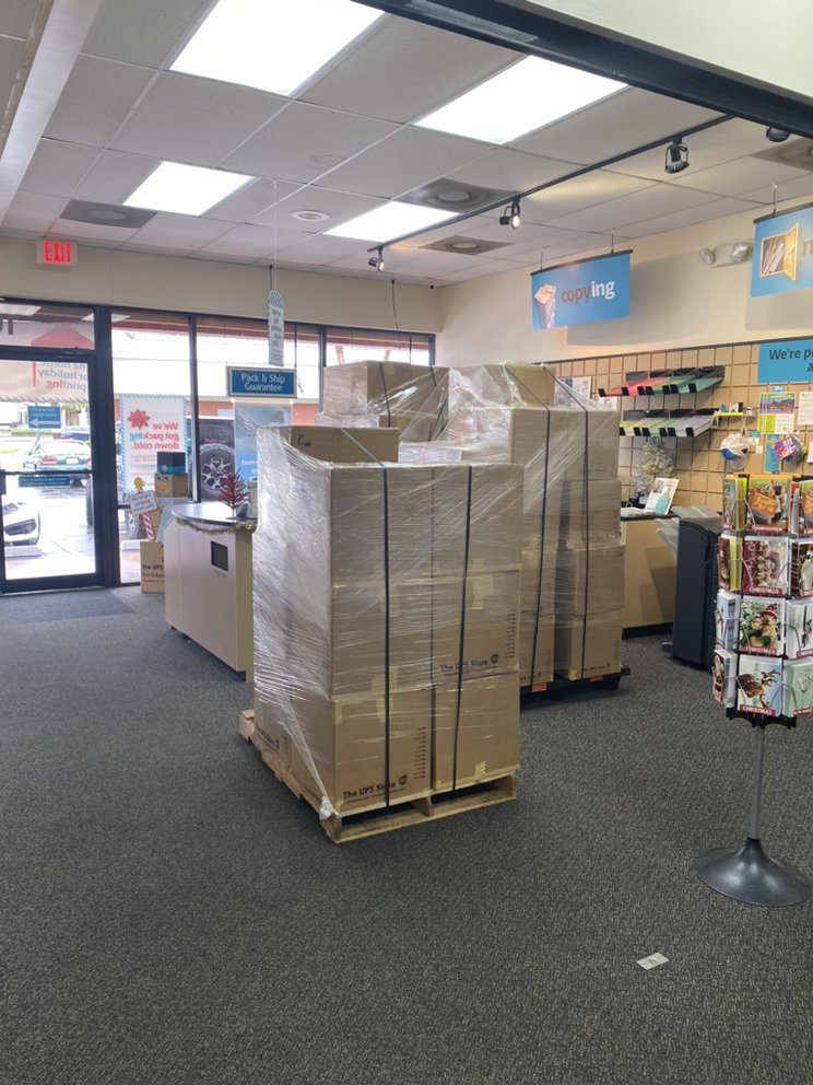 The UPS Store: 1007 N Federal Hwy, Fort Lauderdale, FL