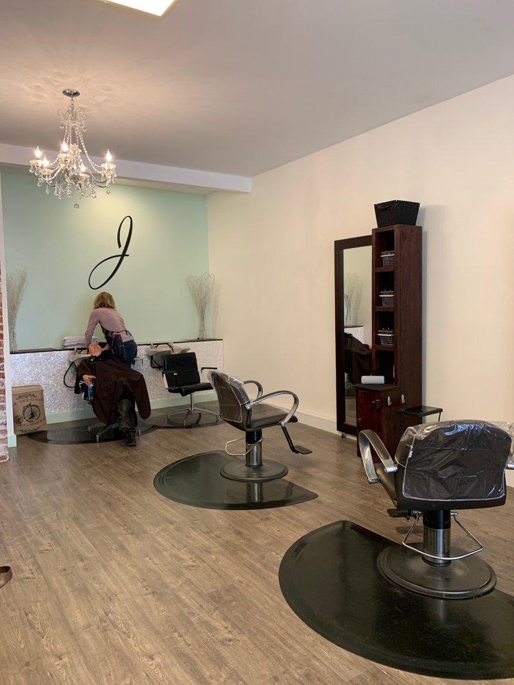 Salon Jolie: 5500 35th Ave NE, Seattle, WA