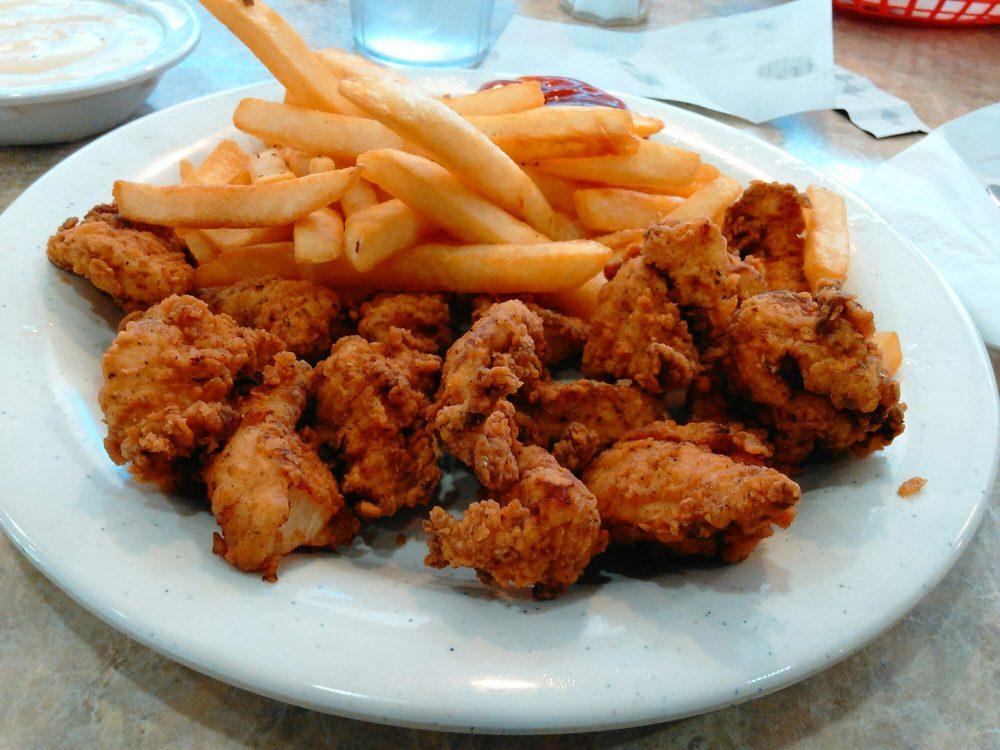 Classic Diner: 105 E Main St, Henryetta, OK