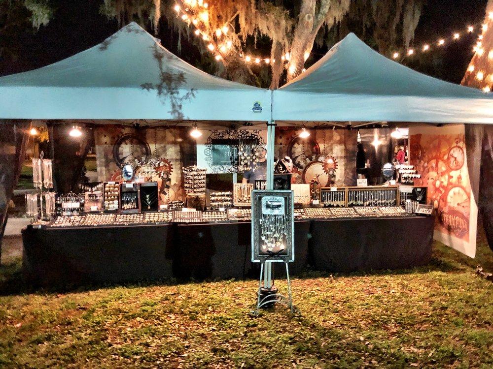 Apopka Farmers Market: 10 N Forest Ave, Apopka, FL