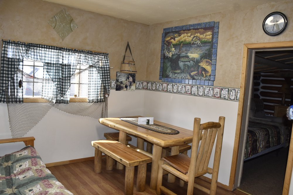 Chinook Cabins & RV Park: 29666 US Highway 160, South Fork, CO