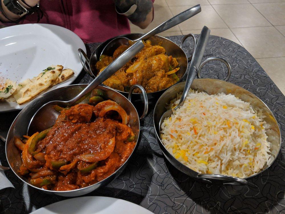 Lzaza Indo-Pak Cuisine: 1409 23rd St, Des Moines, IA
