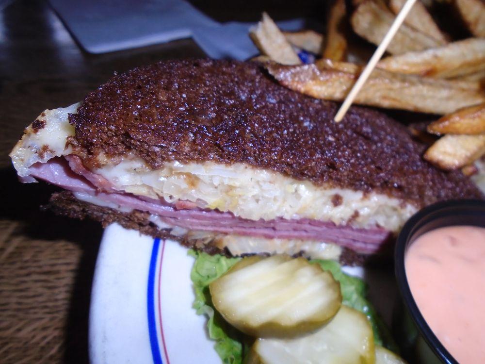 Barker's Bar & Grill: 413 2nd St, Hudson, WI