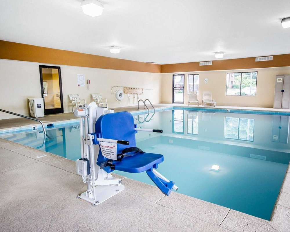 Comfort Suites: 51 Hal Rogers Drive, Prestonsburg, KY