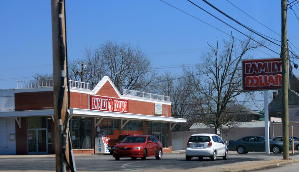 Family Dollar Store: 204 W Pleasant St, Cynthiana, KY