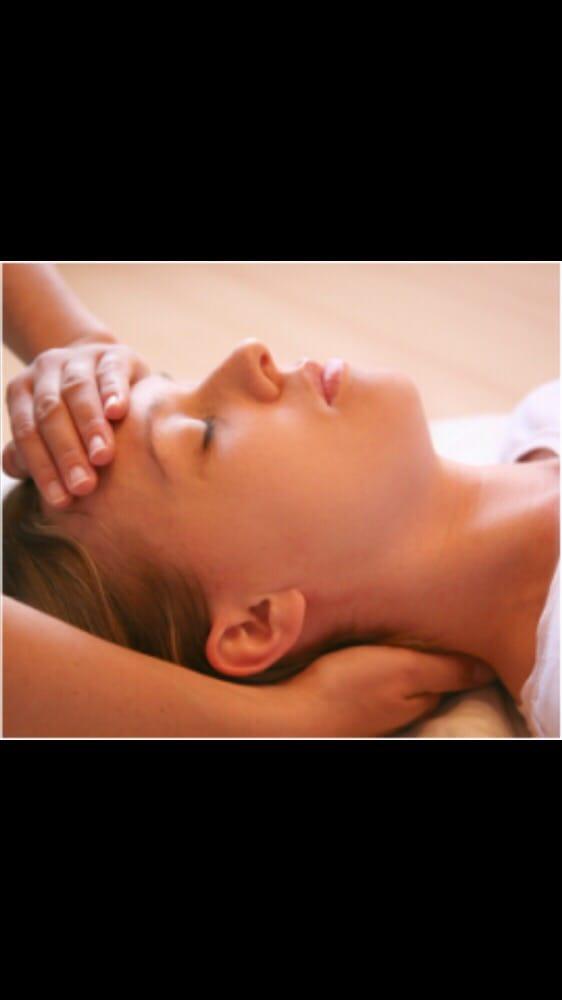 Healing Hands Wellness Studio: 1A N Curlew St, La Marque, TX