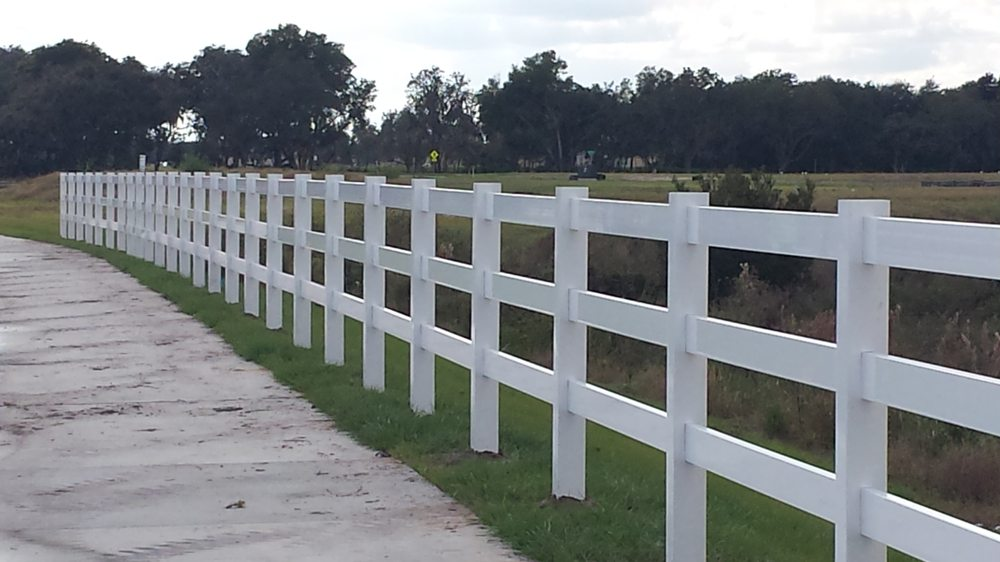 Straight-Up Fence: 5749 Young Pine Rd, Orlando, FL