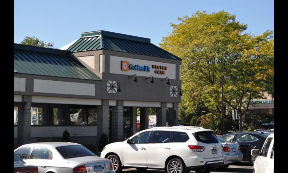 Hartford HealthCare-GoHealth Urgent Care: 385 W Main St, Avon, CT