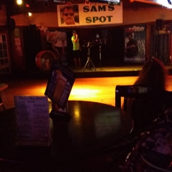 Wetmore City Limits 27 Photos Amp 27 Reviews Sports Bars