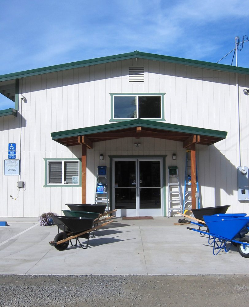 Long Valley Lumber: 44321 N Hwy 101, Laytonville, CA