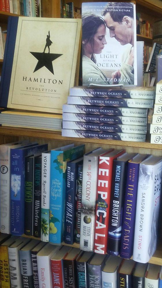 Island Bookstore: 215 E Central Ave, Mackinaw City, MI