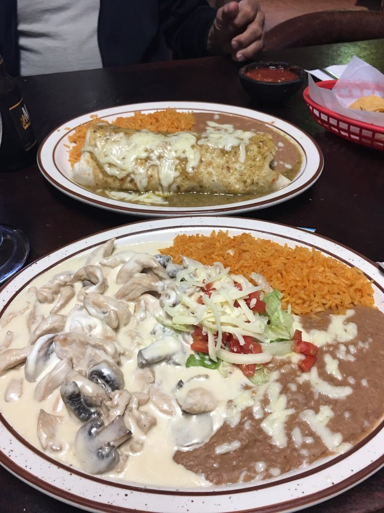 Chavalo's Mexican Restaurant: 121 Railroad Ave, Mancos, CO