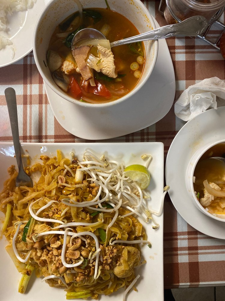 Thai Taste: 5645 S Mingo Rd, Tulsa, OK