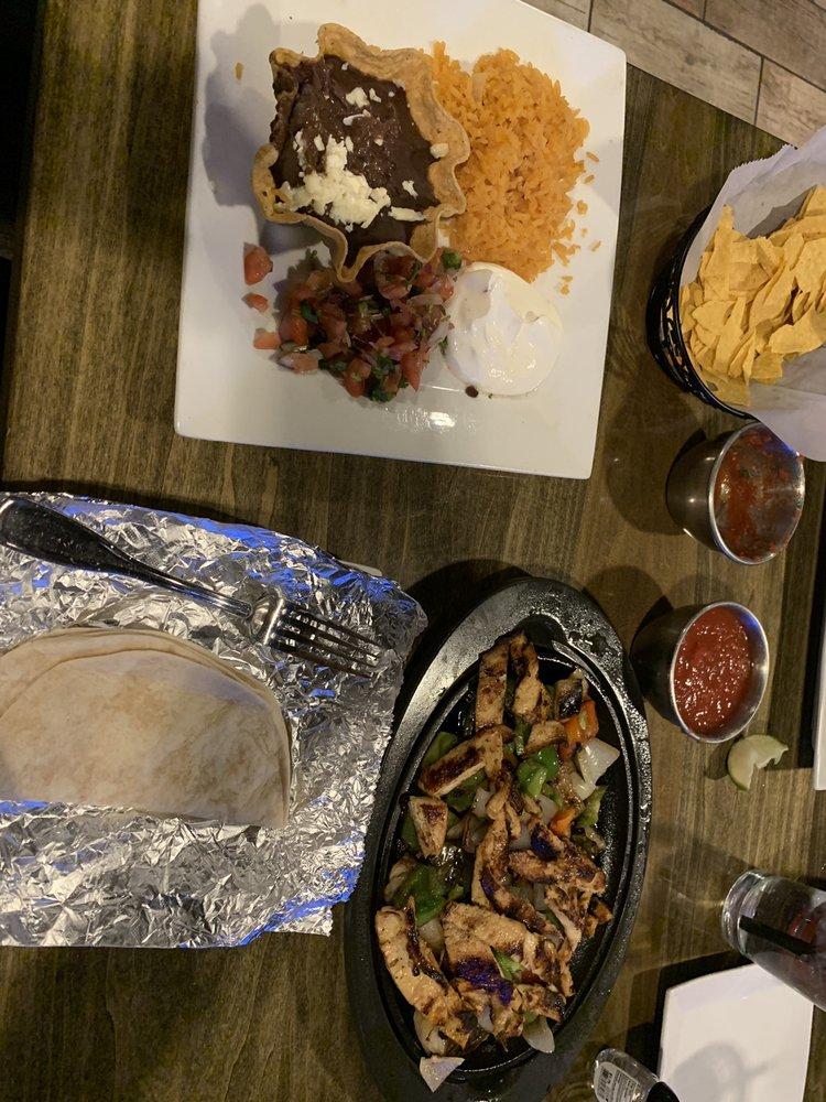CIELO Mexican Restaurant: 4132 Sunset Dr, San Angelo, TX