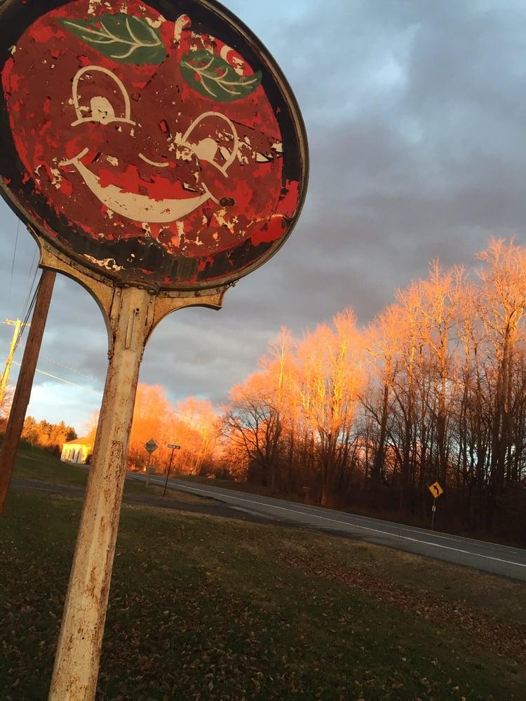 DB Orchards: 1162 State Rte 208, Wallkill, NY