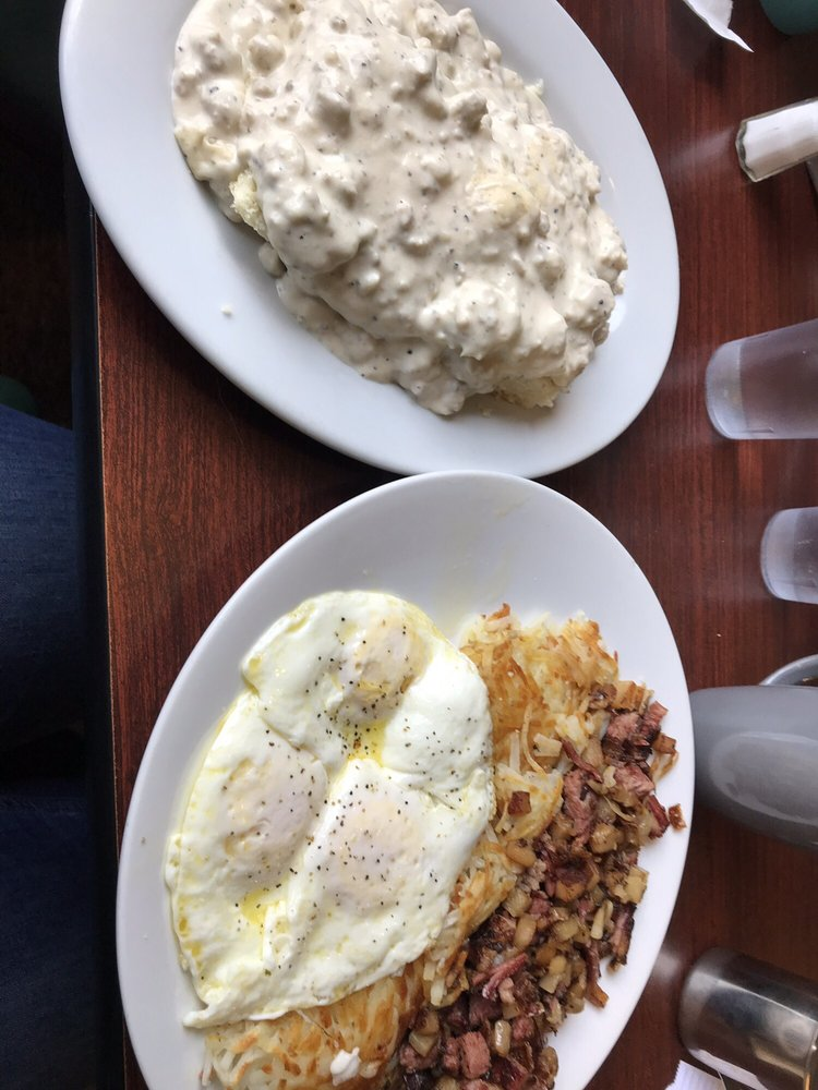 The Cape Cafe: 91120 Cape Arago Hwy, Coos Bay, OR