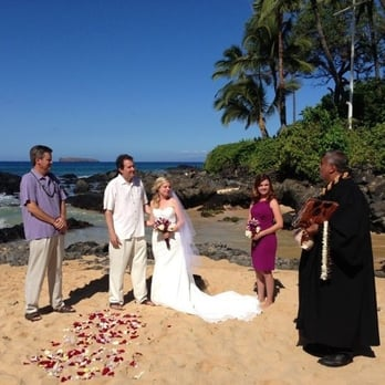 Photo Of Precious Maui Weddings Makawao Hi United States What A Beautiful