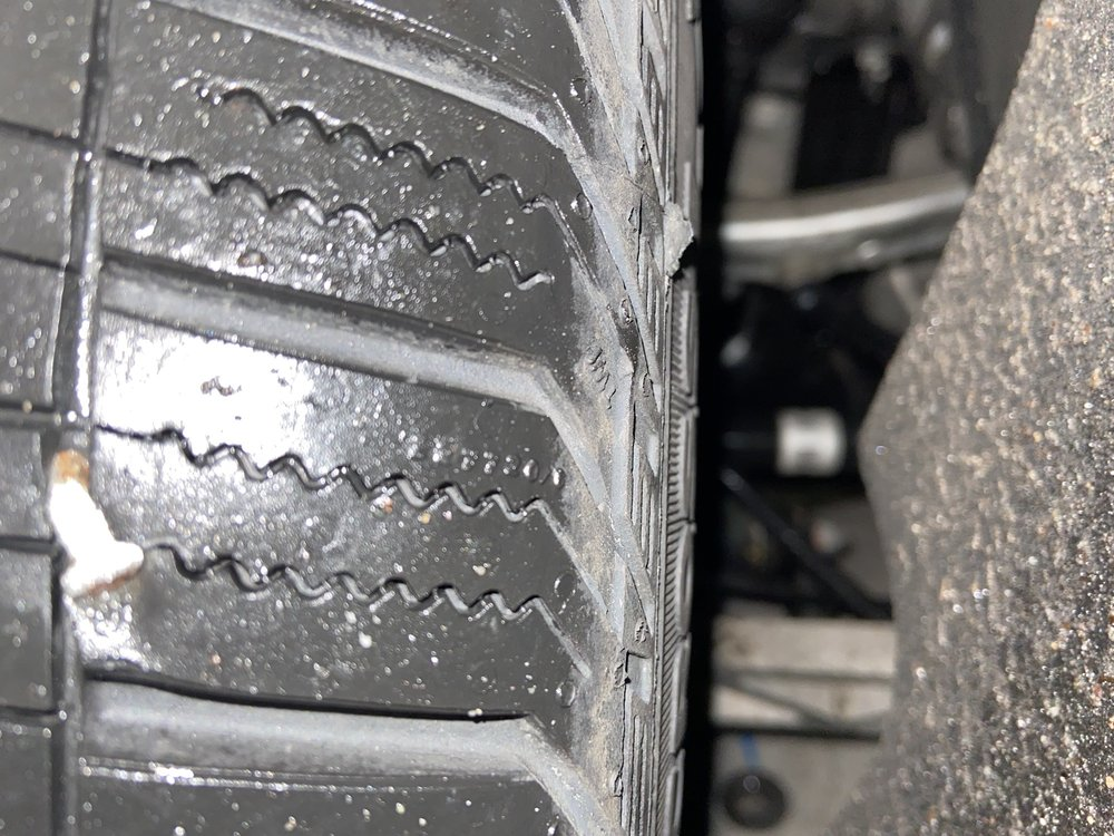 Tire Discount Center Tire Pros: 3914 Hempstead Tpke, Levittown, NY