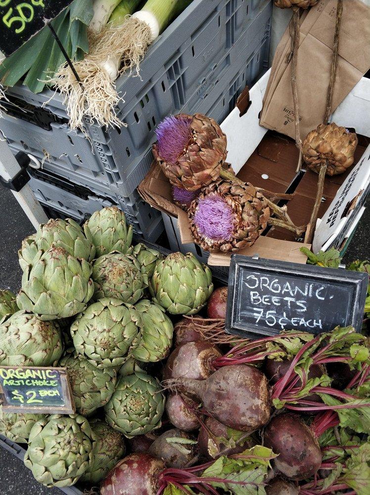 Carmel-by-the-Sea Certified Farmers' Market: The Sunset Ctr, Carmel, CA
