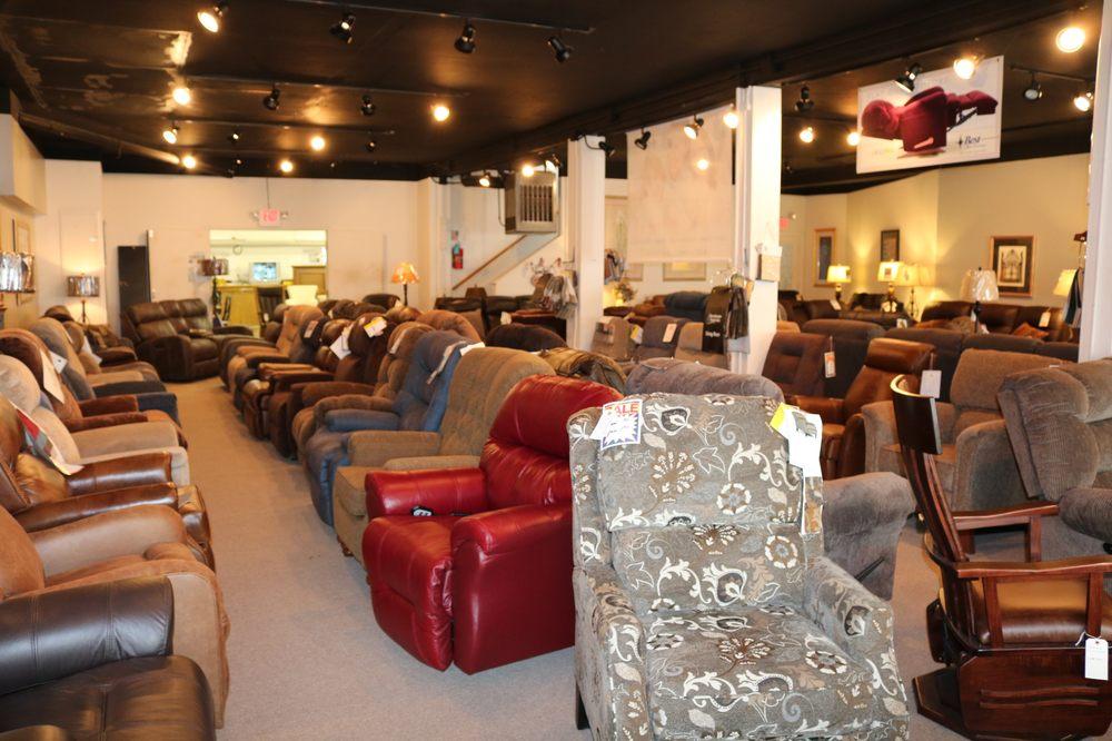 Harvest Furniture: 129 N Marion St, Waldo, OH