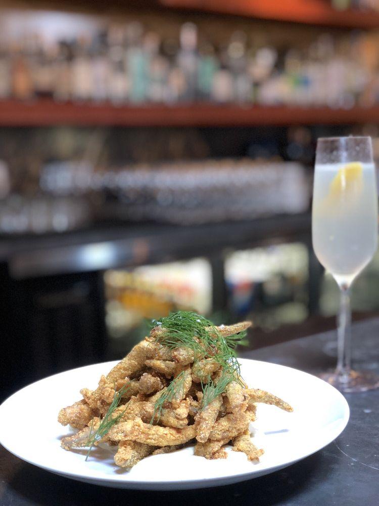 RockCreek Seafood & Spirits: 4300 Fremont Ave N, Seattle, WA