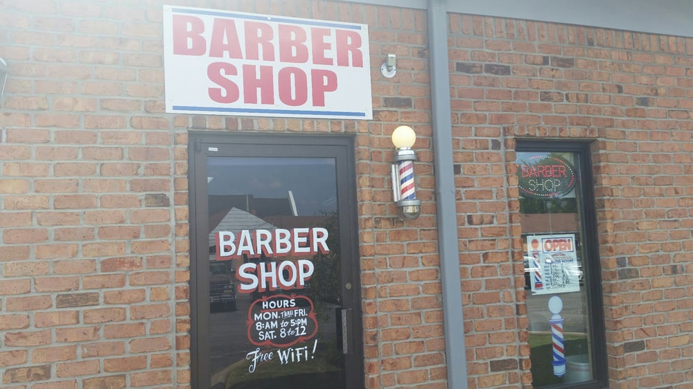 Rich's Barber Shop: 538 W Main St, Gallatin, TN