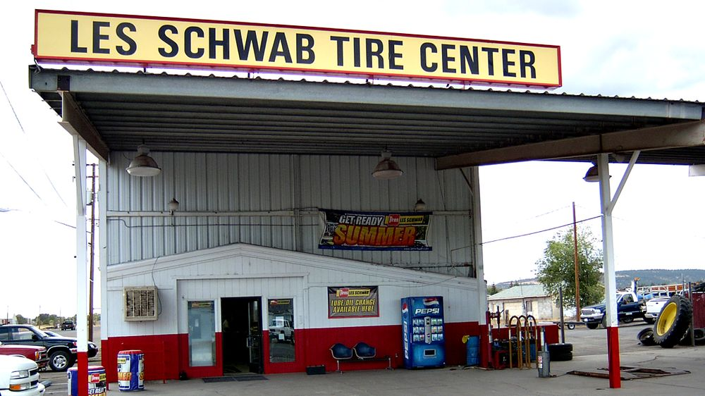 Les Schwab Tire Center: 1201 Spruce St, Alturas, CA